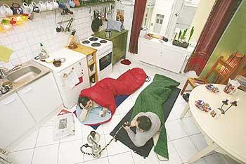 der gastfreundschaft sind kaum grenzen gesetzt ein mietermagazin service berliner. Black Bedroom Furniture Sets. Home Design Ideas