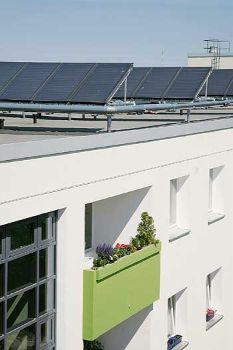 die solarthermische sanierung von mietsh usern kommt in schwung auf der sonnenseite berliner. Black Bedroom Furniture Sets. Home Design Ideas