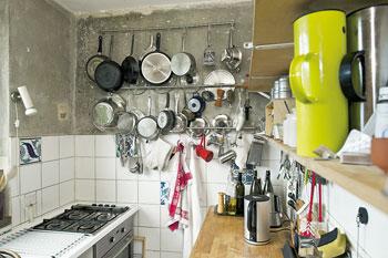 ein blick hinter berliner t ren zeig mir wie du wohnst berliner mieterverein e v. Black Bedroom Furniture Sets. Home Design Ideas