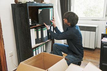 verdr ngt wie mieter zum auszug gen tigt werden verdr ngung ist in berlin alltag geworden. Black Bedroom Furniture Sets. Home Design Ideas