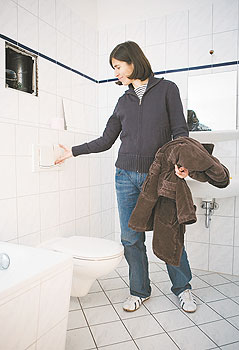 wohnungsbesichtigung immer genau hinschauen ein mietermagazin service berliner mieterverein. Black Bedroom Furniture Sets. Home Design Ideas