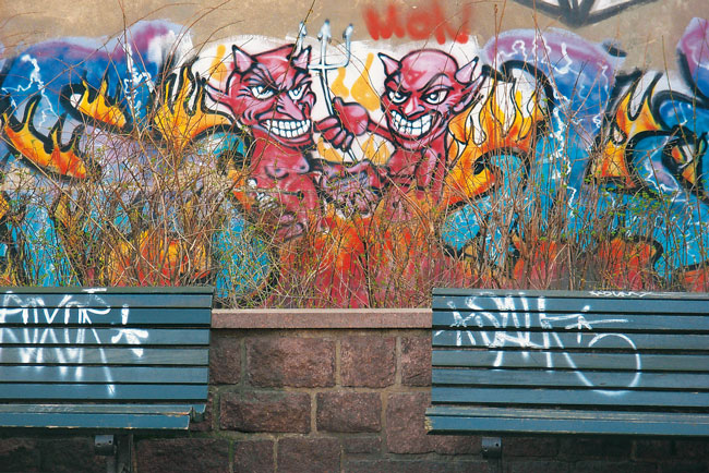 Teufel-Graffiti an Hauswand
