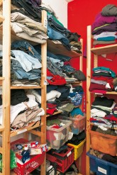 Kleiderkammer der Notübernachtung im Bezirk Mitte