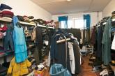 Kleiderkammer im Aufnahmeheim in der Haarlemer Straße