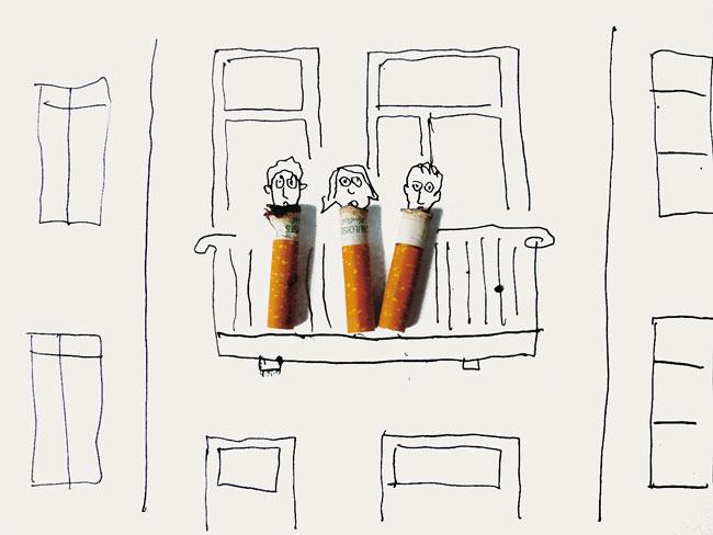 Zeichnung: Kippen auf gezeichnetem Balkon