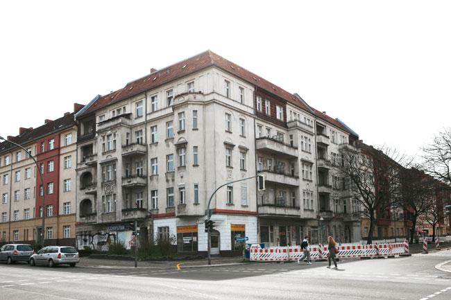 Wohnhaus Bornholmer, Ecke Jülicher Straße