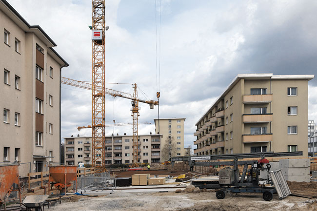 Baustellenkräne am Kormoranweg