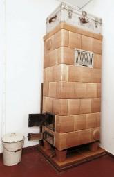 Zimmer mit Kachelofen