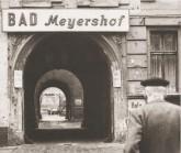 Durchgang zum 'Bad Meyers Hof'