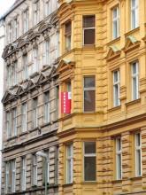 Restaurierte Altbaufassaden