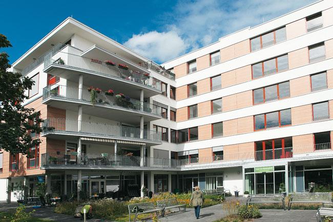 Modernes Seniorenhaus in der Tangermünder Straße