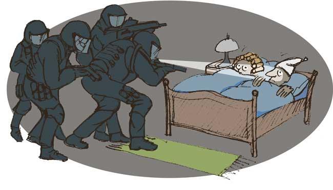 Illustration: Polizei stürmt Schlafzimmer