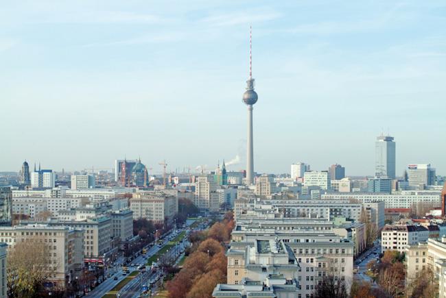 Luftbild von Berlin-Mitte mit Fernsehturm