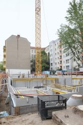 Baustelle für einen Neubau in der Eckertstraße 3-5