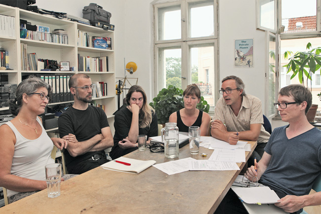Treffen von Mitgliedern der Hausgemeinschaft