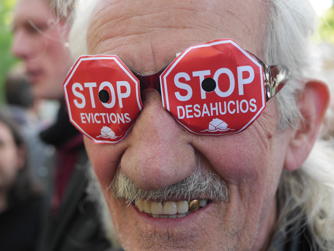 Protestbrille 'Stop Evictions'