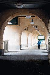 Bögen des Hochbahnviadukts