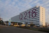 Ehemaliger Büro-Plattenbau in der Frankfurter Allee