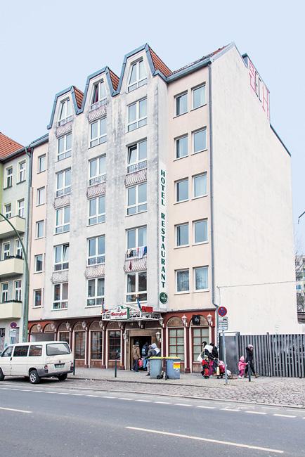 unterk nfte f r gefl chtete das ende der provisorien berliner mieterverein e v. Black Bedroom Furniture Sets. Home Design Ideas