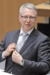 Staatssekretär Sebastian Scheel