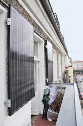 Kleine Solarmodule erzeugen bis zu 250 Kilowattstunden Strom in Jahr