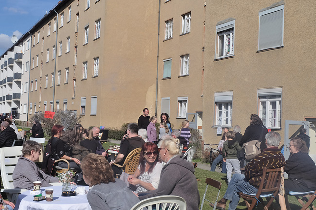 Open-air-Mietertreffen in der Gontermannstraße