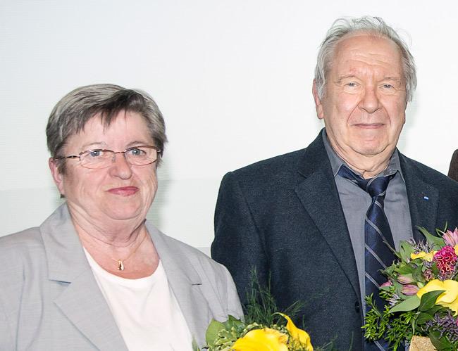 Regine Grabowski und Edwin Massalsky bei ihrer Verabschiedung auf der BMV-Delegiertenversammlung 2017