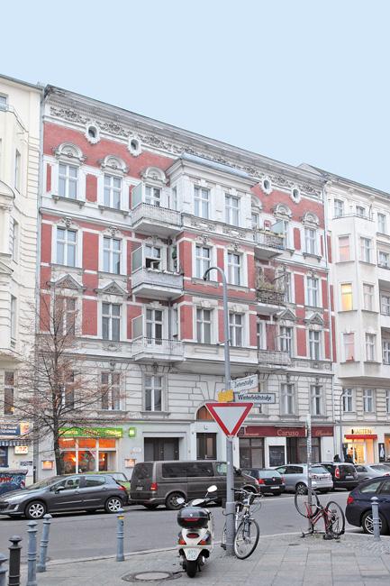 Altbaufassade der Schöneberger Winterfeldtstraße 35