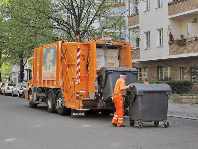 Beispiel Müllabfuhr: Die Höhe der Betriebskosten hängt vom individuellen Verbrauch und den Wohnumständen ab