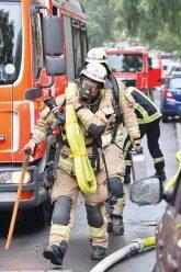 Feuerwehreinsatz nach Blitzeinschlag in der Charlottenburger Niebuhrstraße
