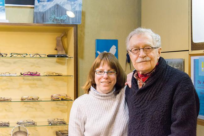 Kiez-Optiker Golücke und Mitarbeiterin