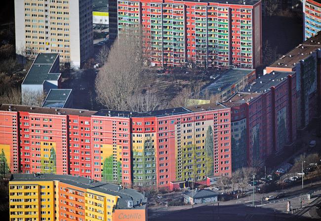 Luftbild von Plattenbauten in Friedrichsfelde