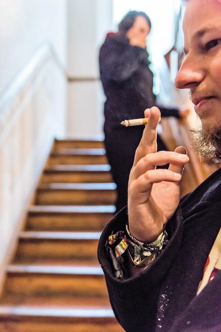 Raucher im Treppenhaus