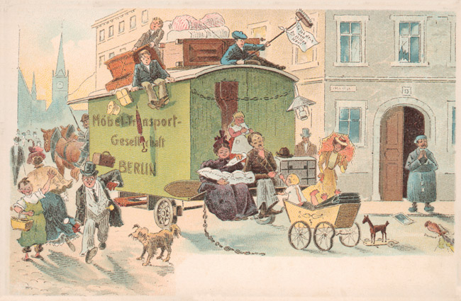 Historische Postkarte: Übervoller Umzugswagen