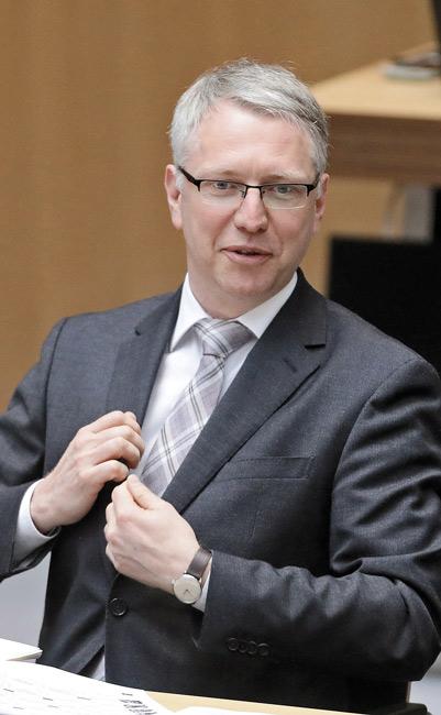 Staatssekretär Scheel von der Stadtentwicklungsverwaltung