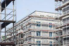 Eingerüsteter Neubau