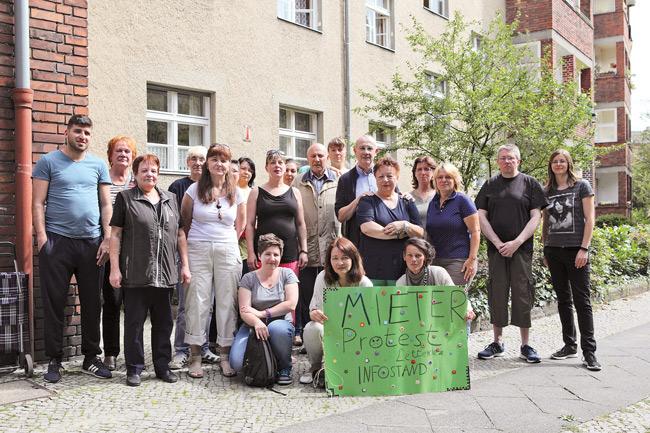 Mieterprotest von Bewohnern im Lettekiez