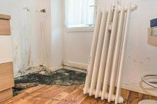 Wasserschaden und ausgebauter Heizkörper