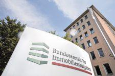 Firmenschild der BImA