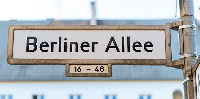 Straßenschild 'Berliner Allee'