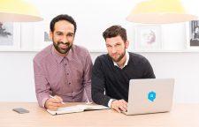Housy-Gründer am Laptop