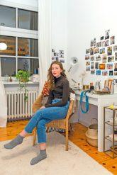 Die Tochter im eigenen Jugendzimmer