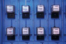 Wand mit Stromzählern