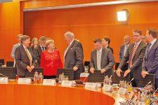 Merkel und Seehofer beim Wohngipfel