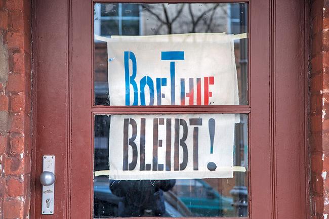 Protestplakat 'BoeThie bleibt!'