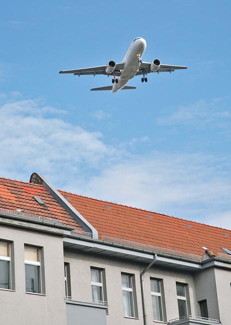 Lärm ist nicht gleich Lärm: Flugzeug im Landeanflug
