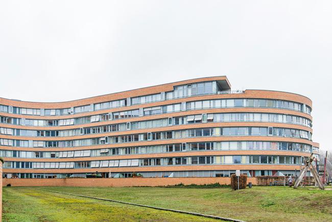 Vonovia-Gebäude ,Bundesschlange' auf dem Moabiter Werder