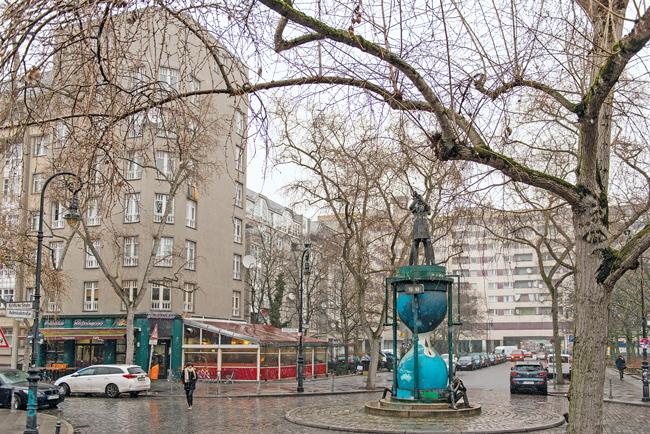 Gebäude der Deutsche Wohnen in der Admiralstraße