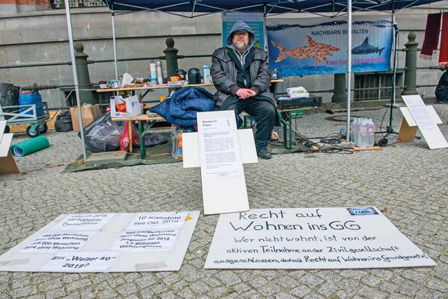 Mahnwache vor dem Roten Rathaus