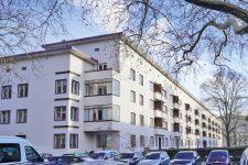 Deutsche-Wohnen-Gebäude in der Wilhelmstadt